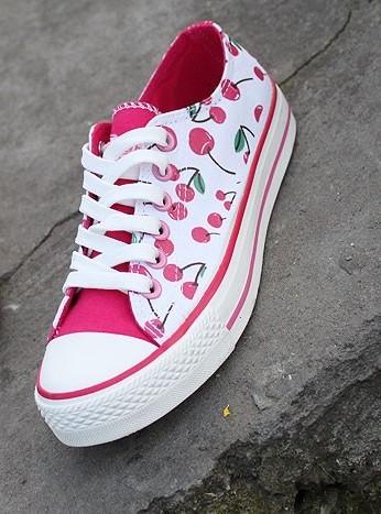 【图】帆布鞋鞋带系法大全 时尚低帮帆布鞋鞋带系法