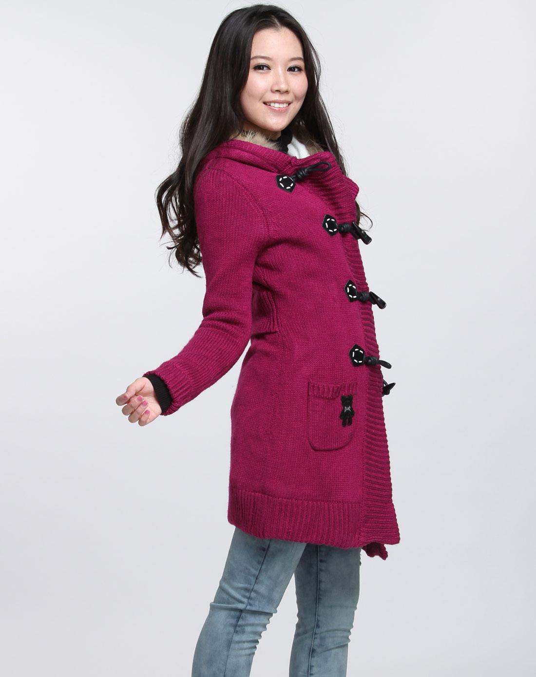 【图】玫红色毛衣搭配如何才能更出彩