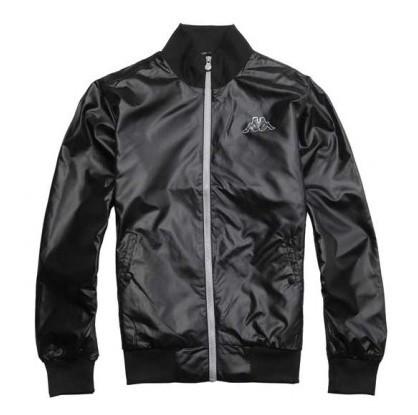 皮夹克配什么裤子 黑色皮夹克搭配方法