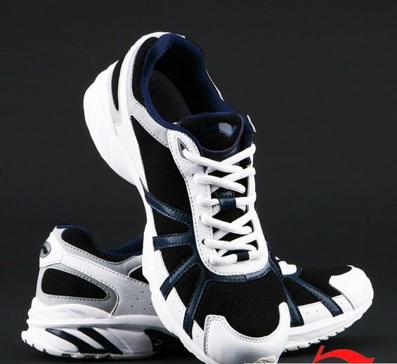 李宁跑步鞋哪款好