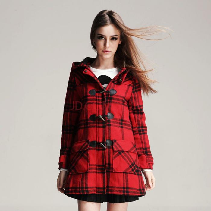 【图】红色格子外套如何搭配?