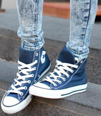 【圖】匡威高幫帆布鞋配什么褲子好?圖片