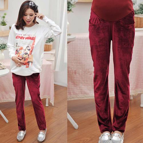 【图】酒红色运动裤配什么上衣?