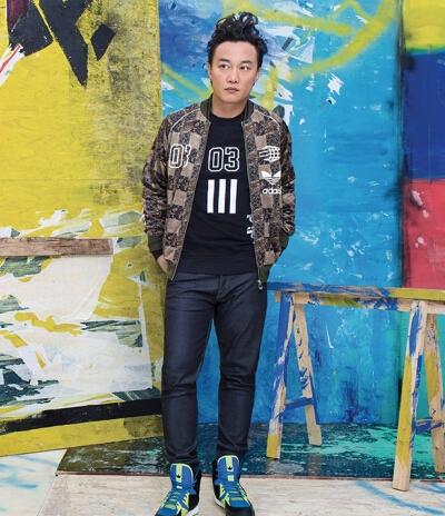 陈奕迅代言三叶草 运动时尚风格解析