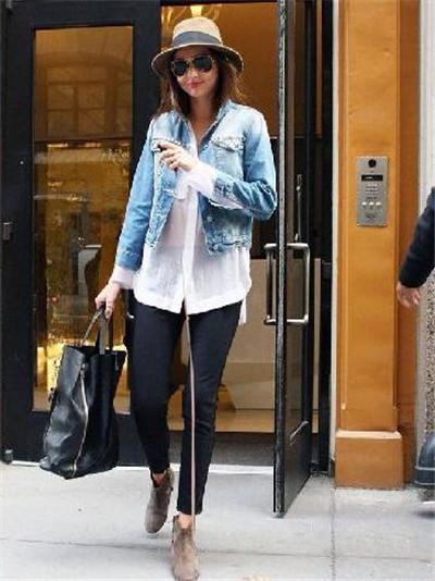 搭配图片对于喜欢穿牛仔外套的女生而言算是一种参考