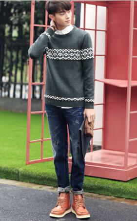 【图】街拍时髦范:男鞋子搭配毛衣