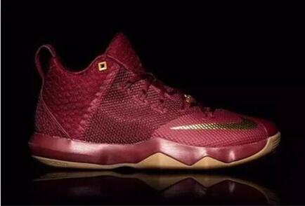 穿着舒服的篮球鞋—詹姆斯使节9图片