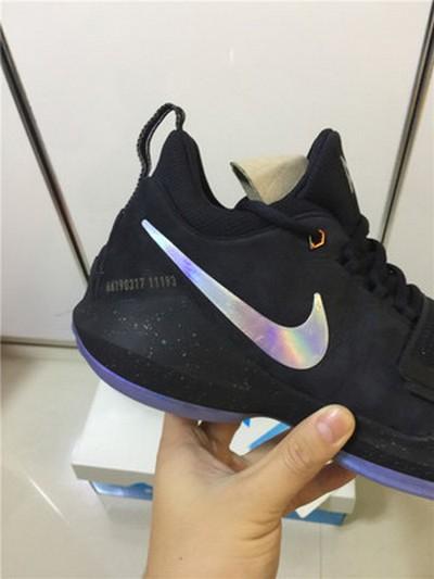 Nike pg1幻彩介绍 Nike pg1lvory细节赏析