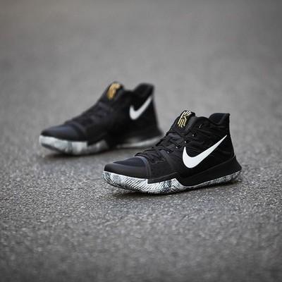 外观与实战性能兼得的Nike篮球鞋欧文3代黑人月