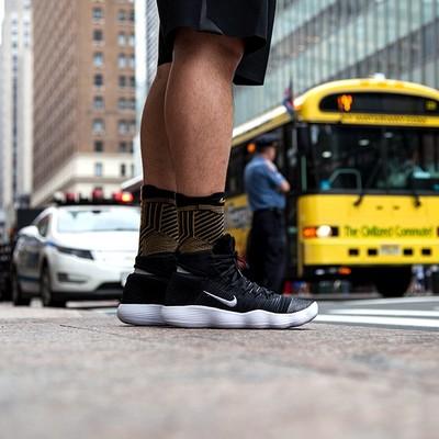Nike pre montreal racer vntg好吗?Nike revolution 4解析