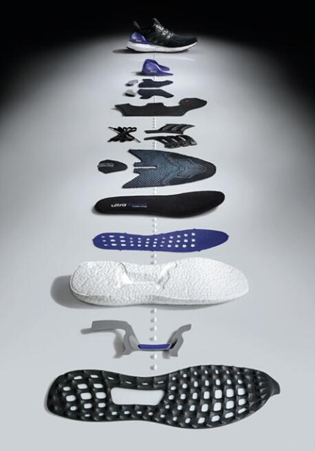 阿迪家族的Boost系列跑鞋,谁的人气更高?