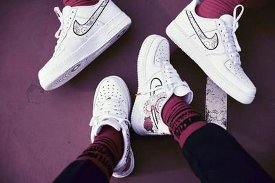 华丽的烟花主题鞋款——Nike air force 1 '07 lny