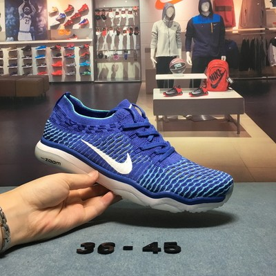 Nike air zoom fearless flyknit提供稳定灵敏的穿着感