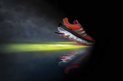 Adidas spring blade系列:让你的跑步更燃