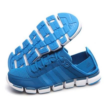 是印尼生产的,没有挂牌,与正品店比较是一 阿迪达斯跑步鞋G60067 名鞋库产品评价