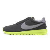 NIKE耐克 男鞋ROSHERUN系列休闲鞋低帮运动鞋运动休闲802022-007