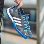adidas阿迪达斯男鞋户外鞋运动鞋低帮adidas S77946