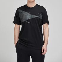 adidas男服短袖T恤圆领WJ休闲运动服DW4682
