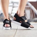 adidas阿迪达斯三叶草男鞋沙滩魔术贴运动凉鞋EG5025