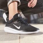 NIKE耐克男鞋休閑鞋系帶黑色舒適網面跑步運動鞋CQ7627