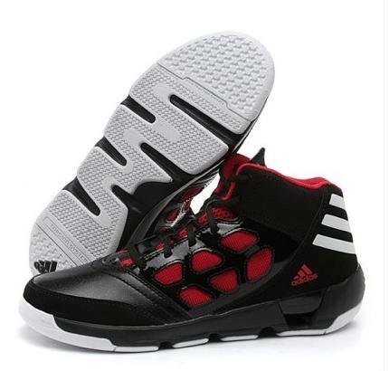 adidas 阿迪达斯篮球鞋怎么样呢?