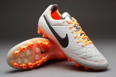 耐克传奇5和传奇6的区别 Nike传奇6实战评测