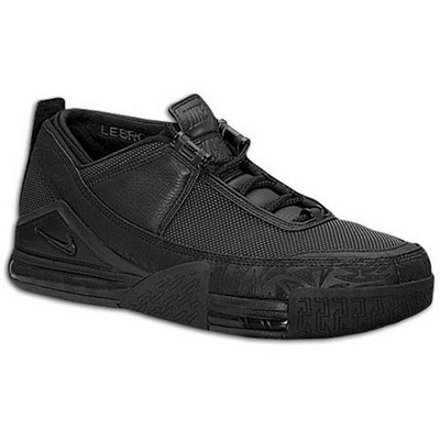 从多方面解析Nike air zoom lebron ii low战靴
