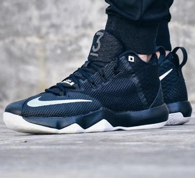 Nike lebron ambassador 9:性价比极高的实战性能战靴