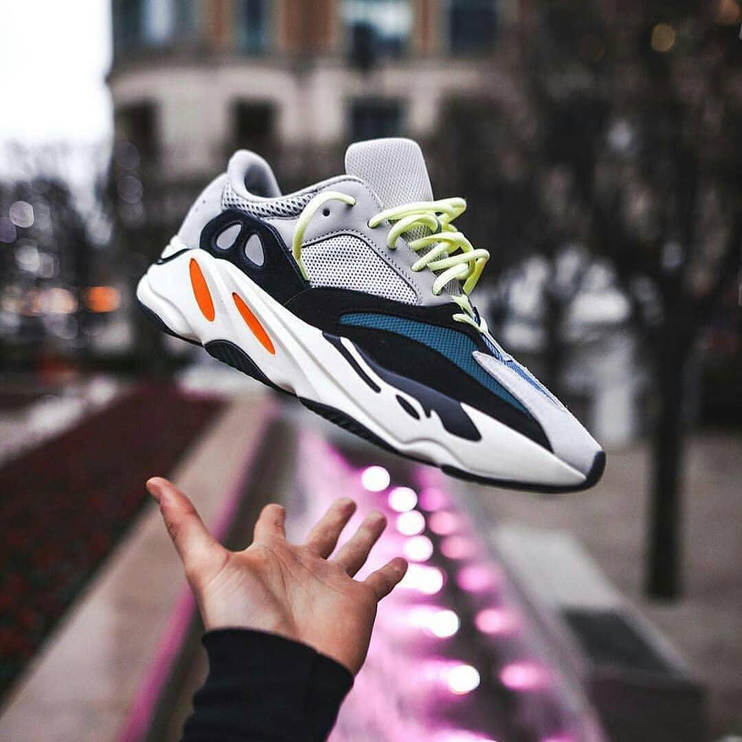 高仿adidas椰子鞋微商货源网 第3张