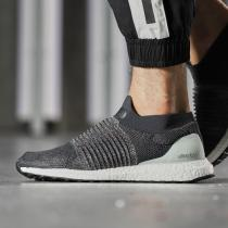 adidas阿迪达斯男子跑步鞋ULTRABOOST LACELESS休闲运动鞋CM8267