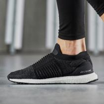 adidas阿迪达斯女子跑步鞋ULTRABOOST LACELESS休闲运动鞋BB6311