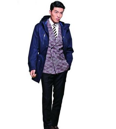 【图】分享冲锋衣男士搭配技巧  时尚穿搭  第1张